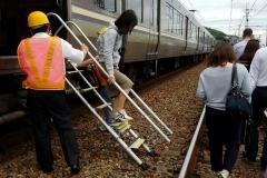 大阪地震 JR神戸線運転見合わせ【2018年7月】